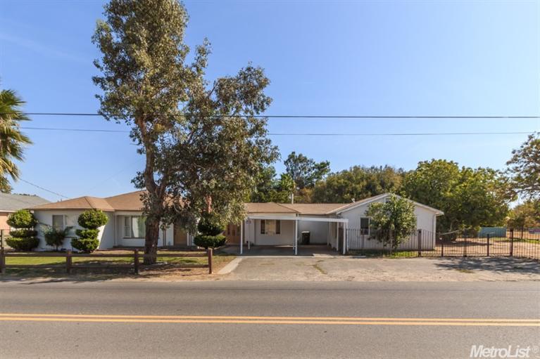 3924  Moore Rd, Ceres, CA 95307