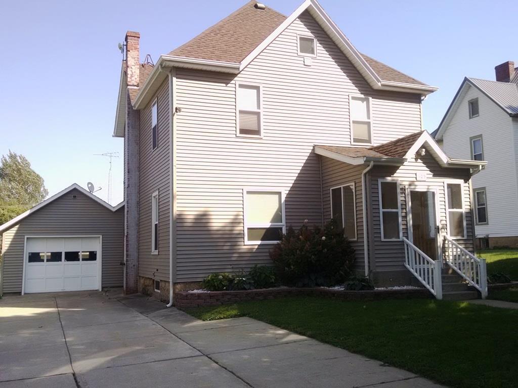 105  East St, Orangeville, IL 61060