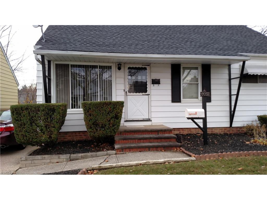 19237  Stafford Ave, Maple Heights, OH 44137