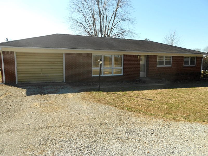 2141 State Route 348 East, Symsonia, KY 42082