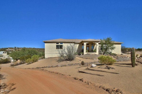 48016 N Coyote Pass Rd, New River, AZ 85087