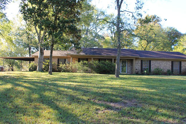 600  Cartwright, San Augustine, TX 75972