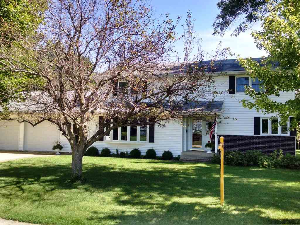 175  Bunker Hill, German Valley, IL 61039