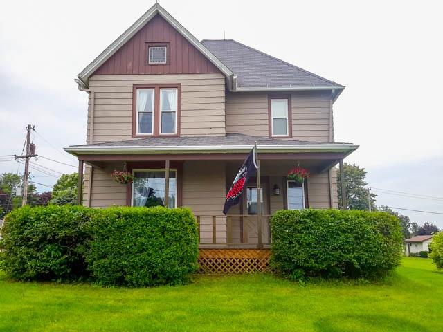 502  Walnut Ave, Forreston, IL 61030