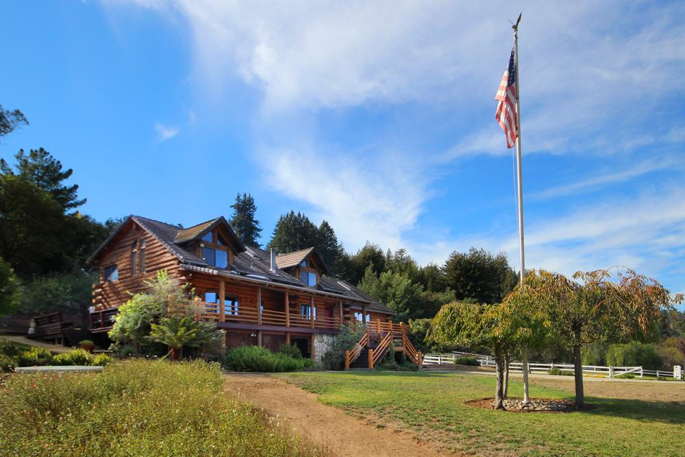 221 Sunflower Ln, Watsonville, CA 95076