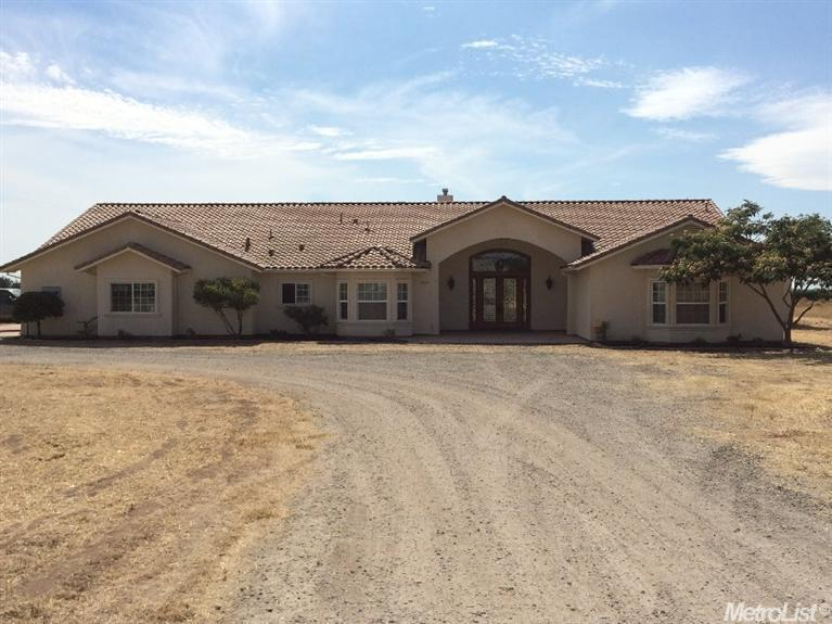 8857  Via Carano Rd, Escalon, CA 95320
