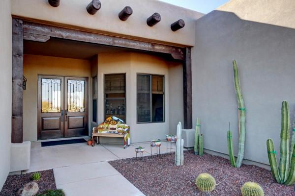 46855 N Quiet Hills Dr, Morristown, AZ 85342