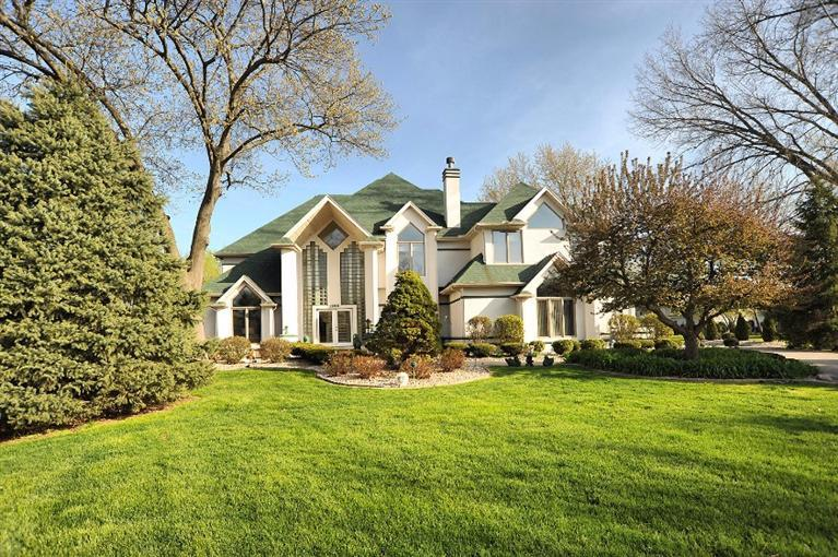 1300  Tralee Ct, Dyer, IN 46311