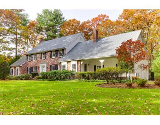 4 Donnelly Dr, Dover, MA 02030