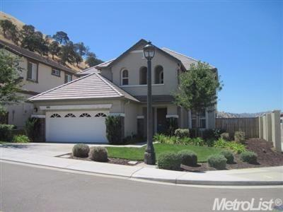 8978  Sand Trap Ct, Patterson, CA 95363