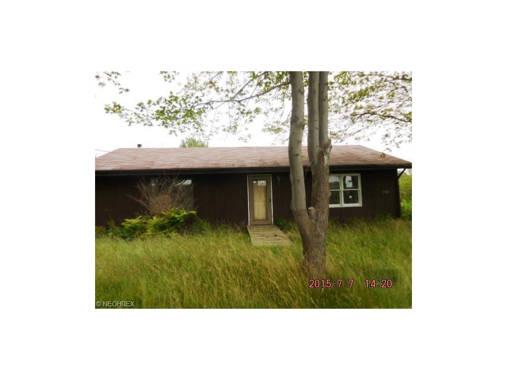 9303  Plank Rd, Montville, OH 44064