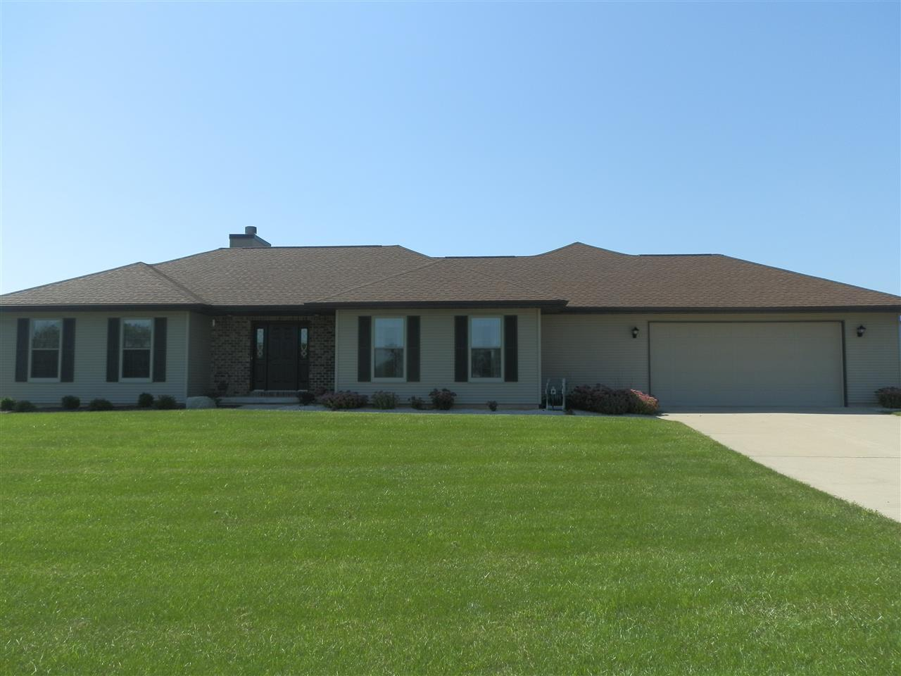 N4171  Country Club Dr, Decatur, WI 53520