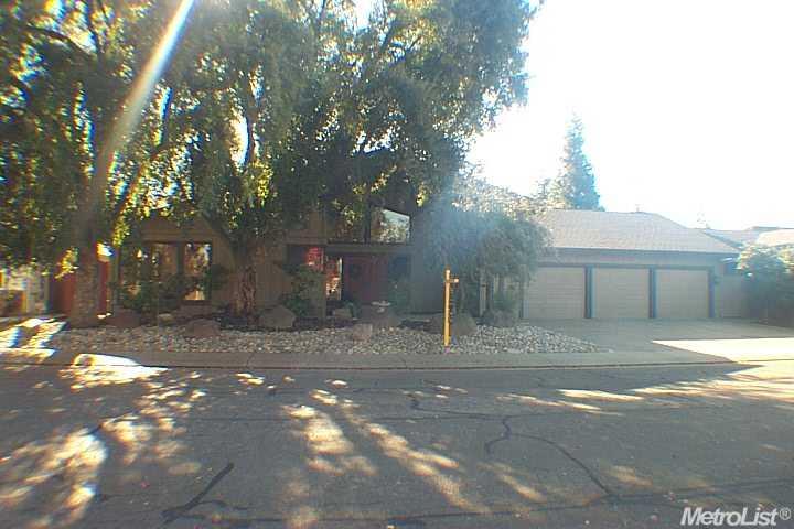 2234  Sunwest Dr, Lodi, CA 95242