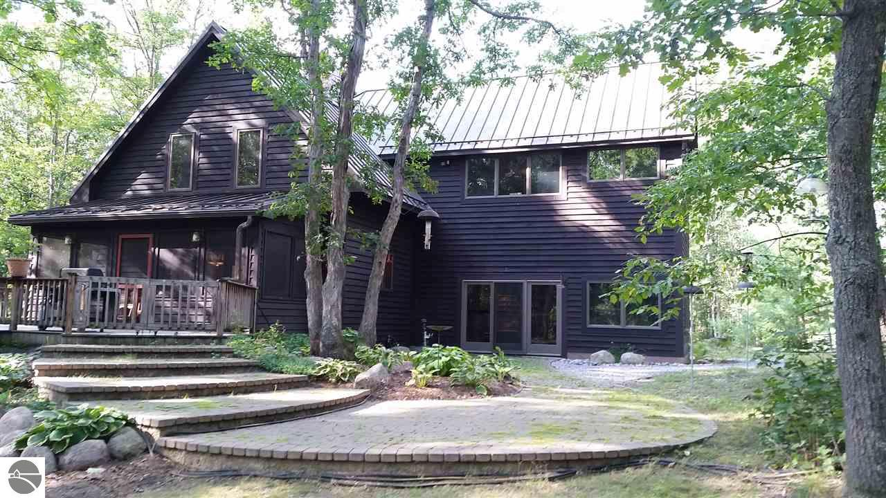 9564  Silny Road, Interlochen, MI 49643