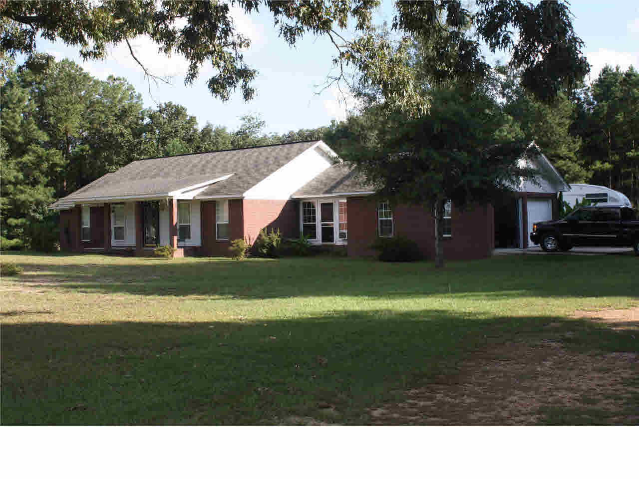 306  Rocky Valley Rd, Collins, MS 39428