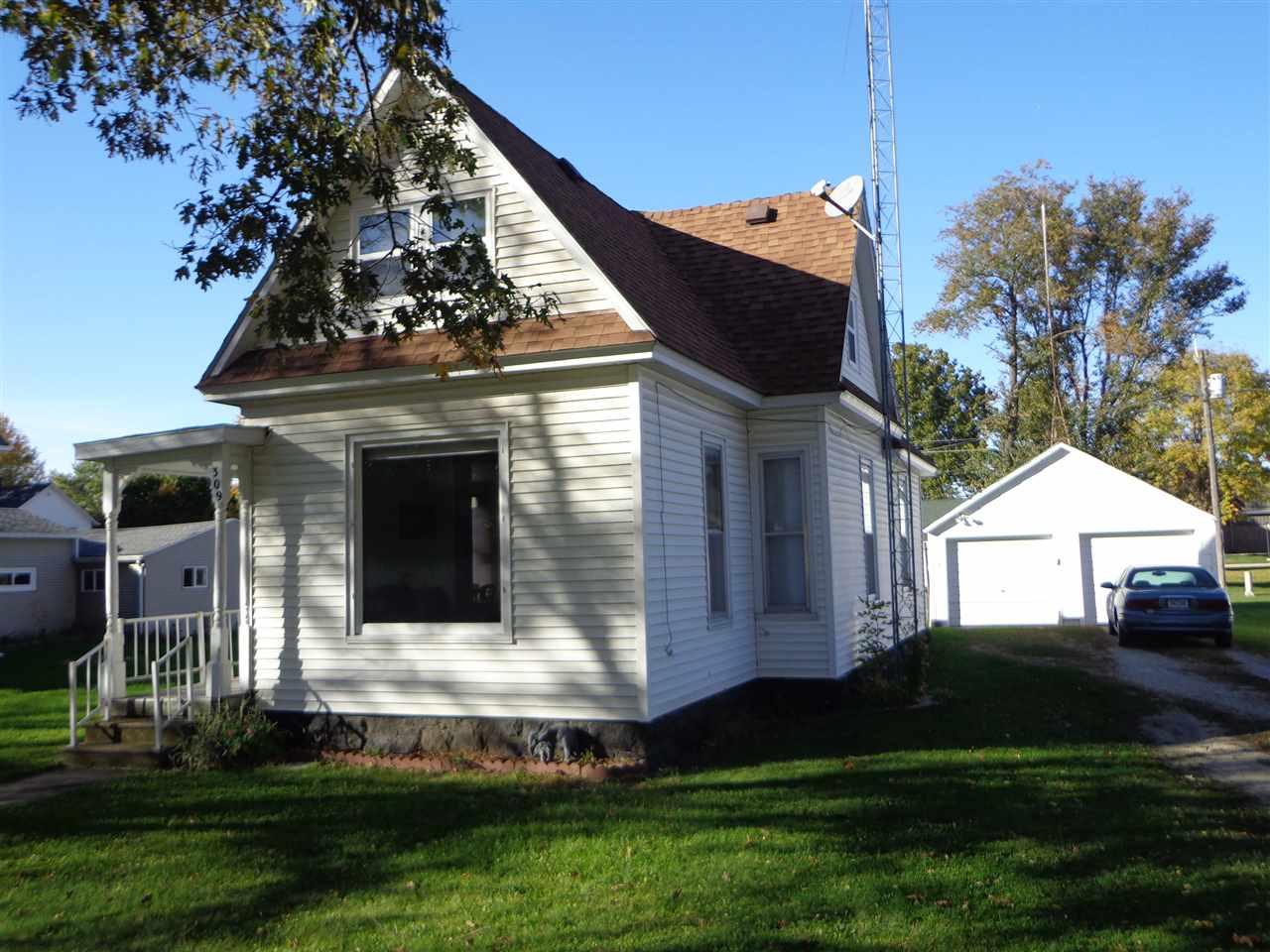 309 E Poisal, Clarksville, IA 50619