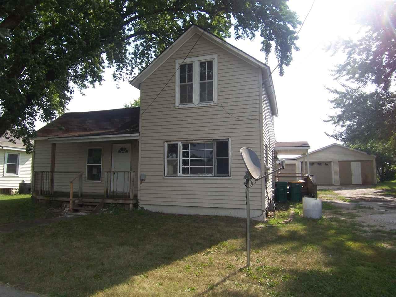 109 N Monroe, Hazleton, IA 50641