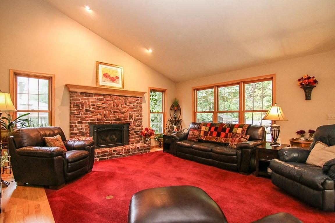 N6581  Shorewood Hills Rd Rd, Lake Mills, WI 53551