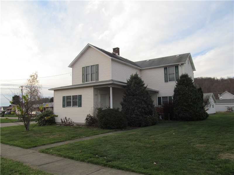 127  Bow St, Stockdale, PA 15483