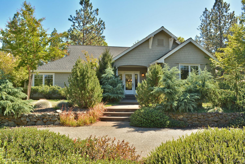 20915 Hickman Pass Rd, Grass Valley, CA 95949