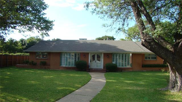 749 Bizerte Ave, Dallas, TX 75224