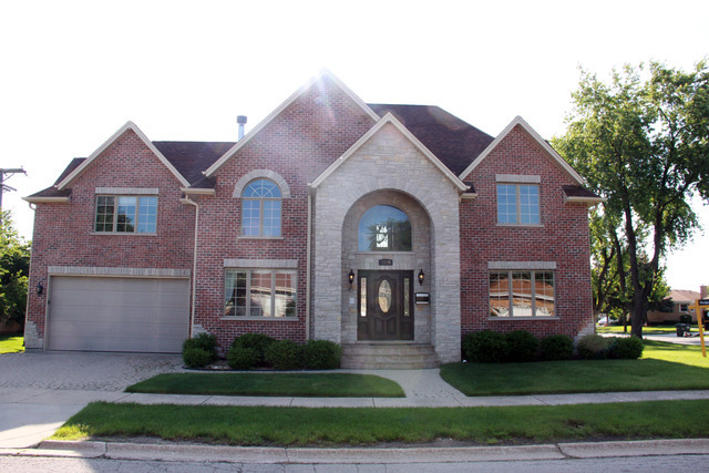 7839 N Oleander Ave, Niles, IL 60714
