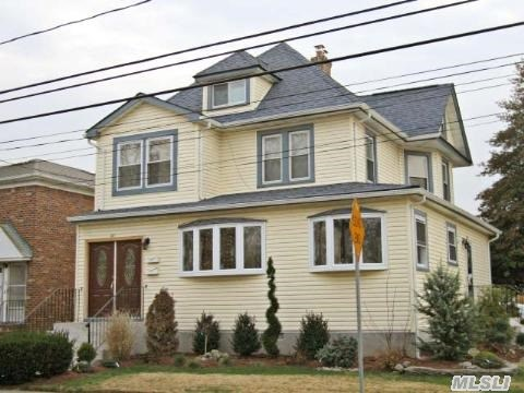 66 E Valley Stream Blvd, Valley Stream, NY 11580