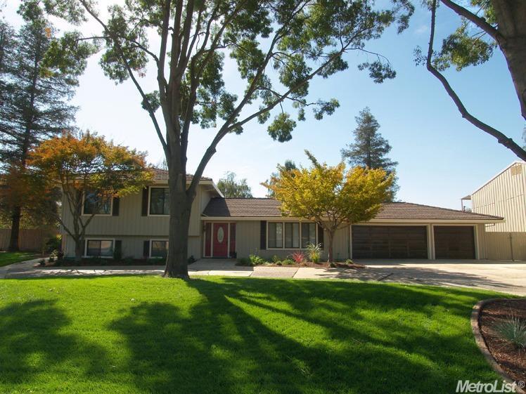 324 W Harding Rd, Turlock, CA 95380
