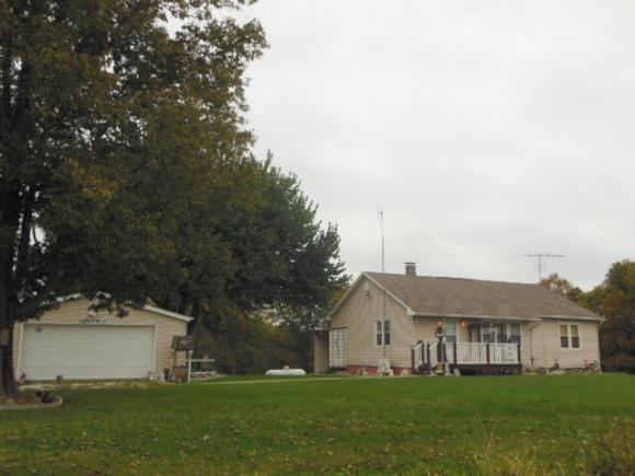2199 N  1725 Street, Brownstown, IL 62418
