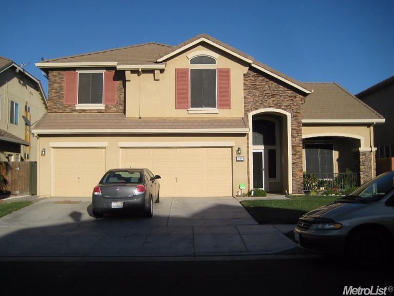 1660  Holly Ct, Los Banos, CA 93635