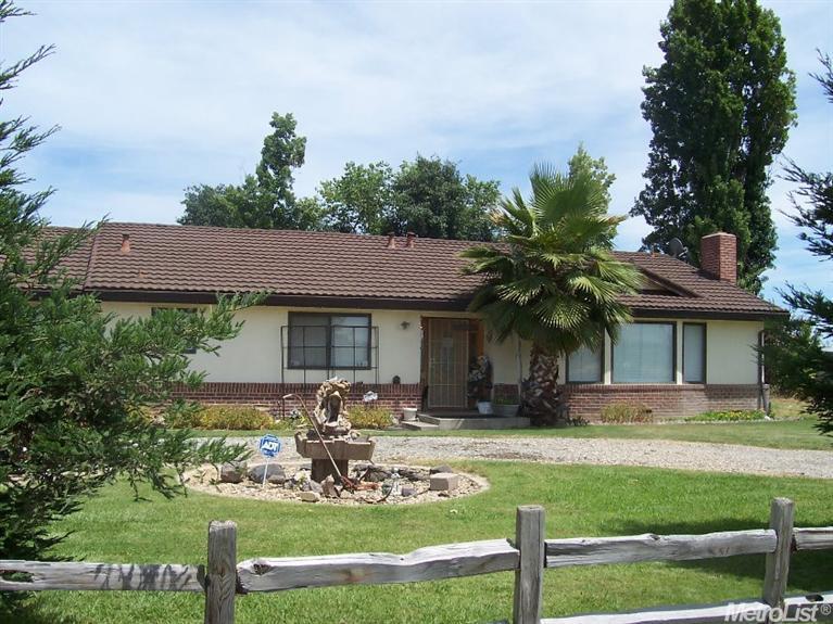16046 N Jack Tone Rd, Lodi, CA 95240