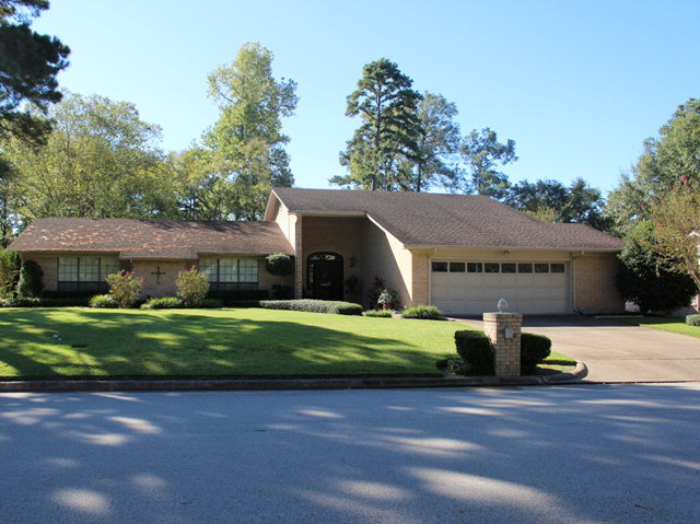 610  Crown Colony Drive, Lufkin, TX 75904