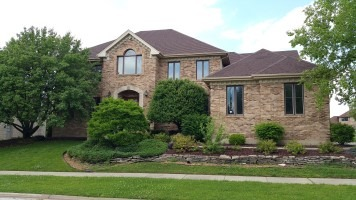 9010  Woodland Dr, Hickory Hills, IL 60457