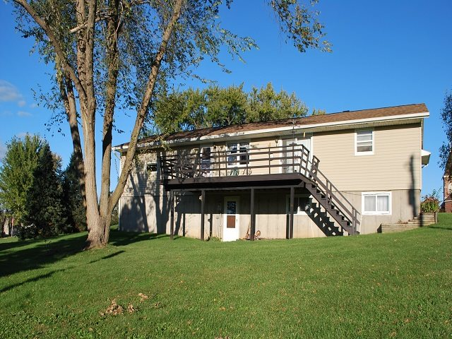 307  5th  Ave Ave, Hollandale, WI 53544