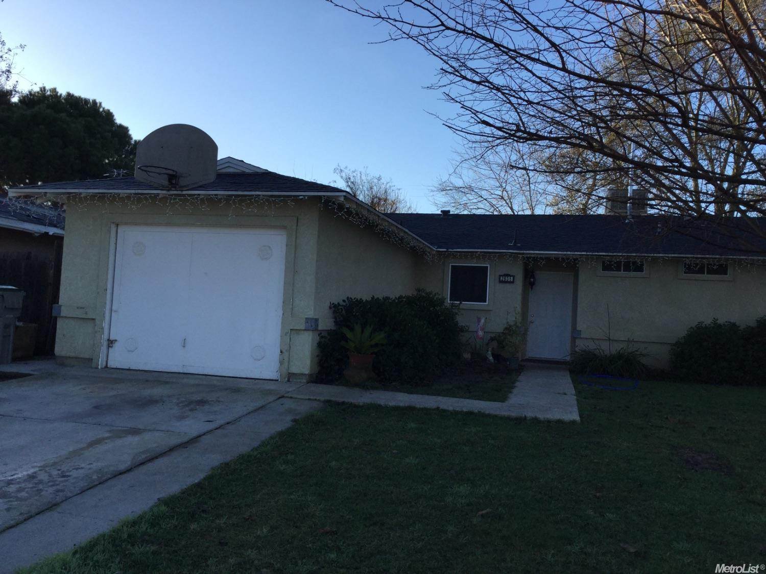 2835  Evelyn Ln, Dos Palos, CA 93620
