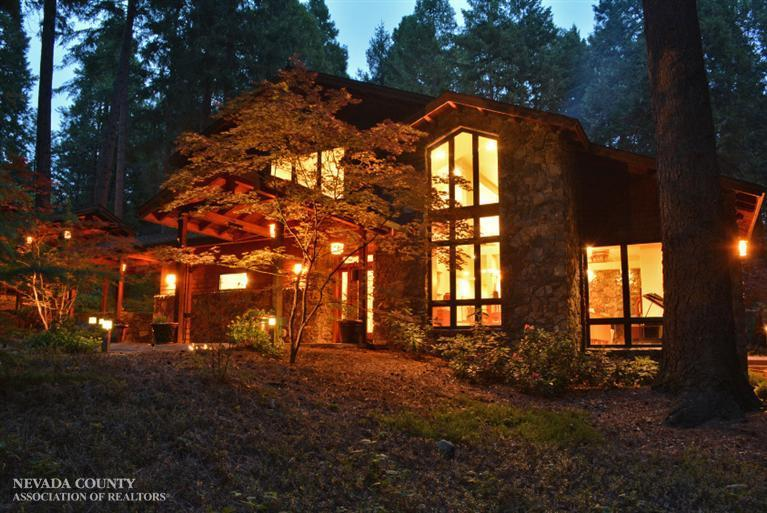 14990 Red Dog Rd, Nevada City, CA 95959