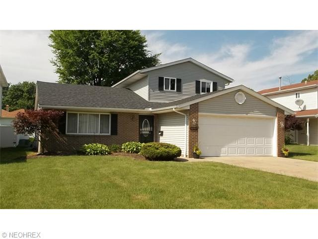 22417  Vera St, Warrensville Heights, Ohio 44128