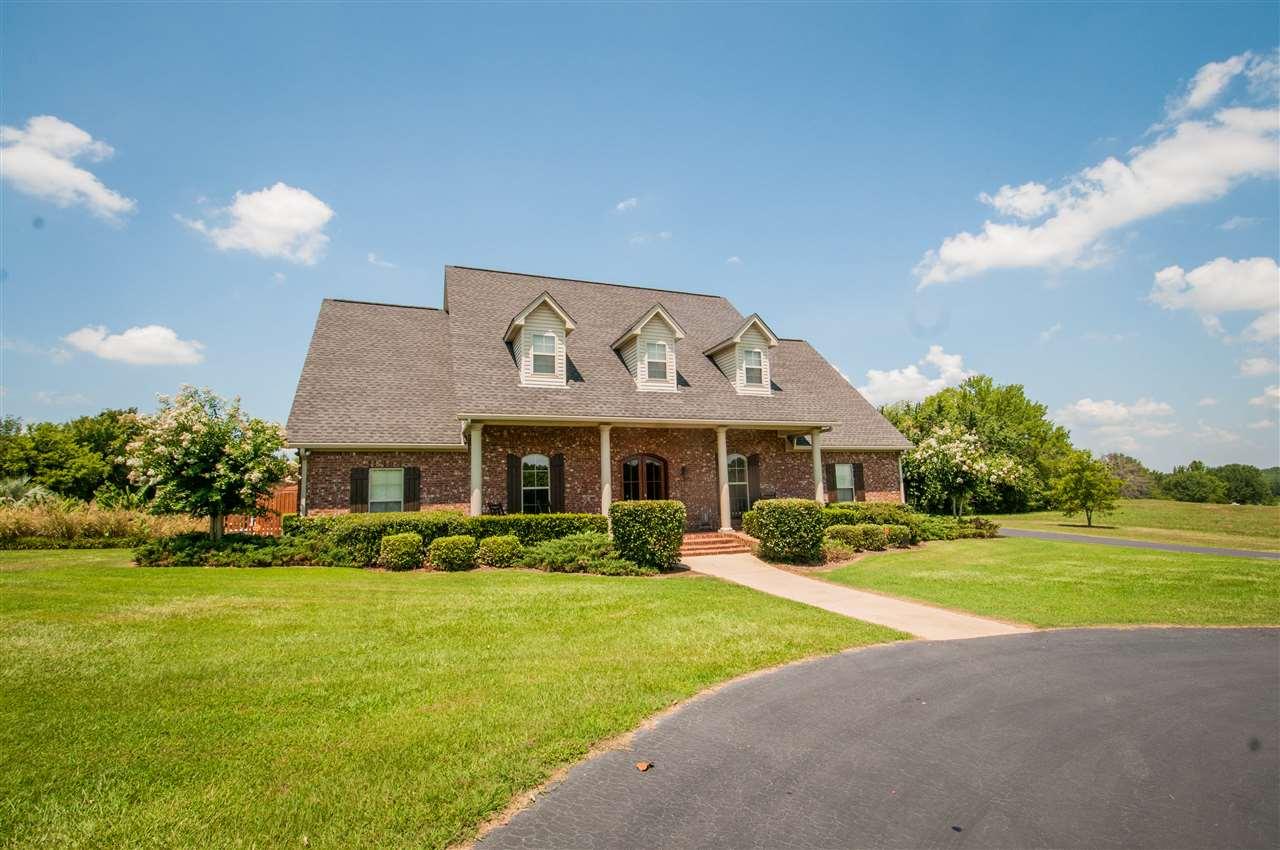 117  Meadow Oak, Clinton, MS 39056