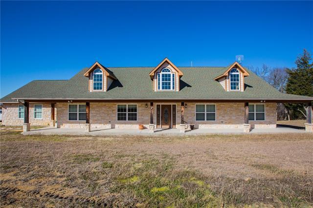 953 Hampel Rd, Palmer, TX 75152