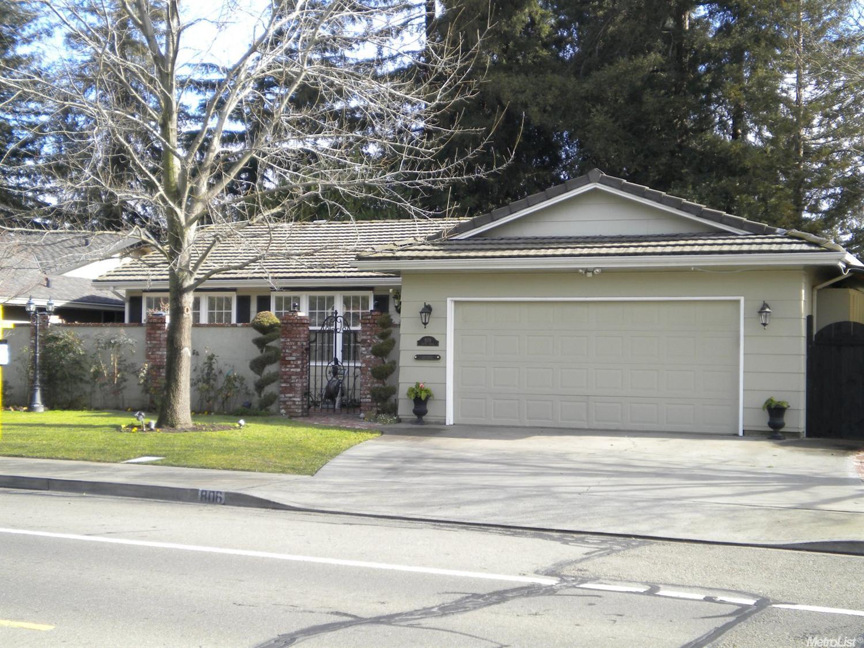 806 S Mills Ave, Lodi, CA 95242
