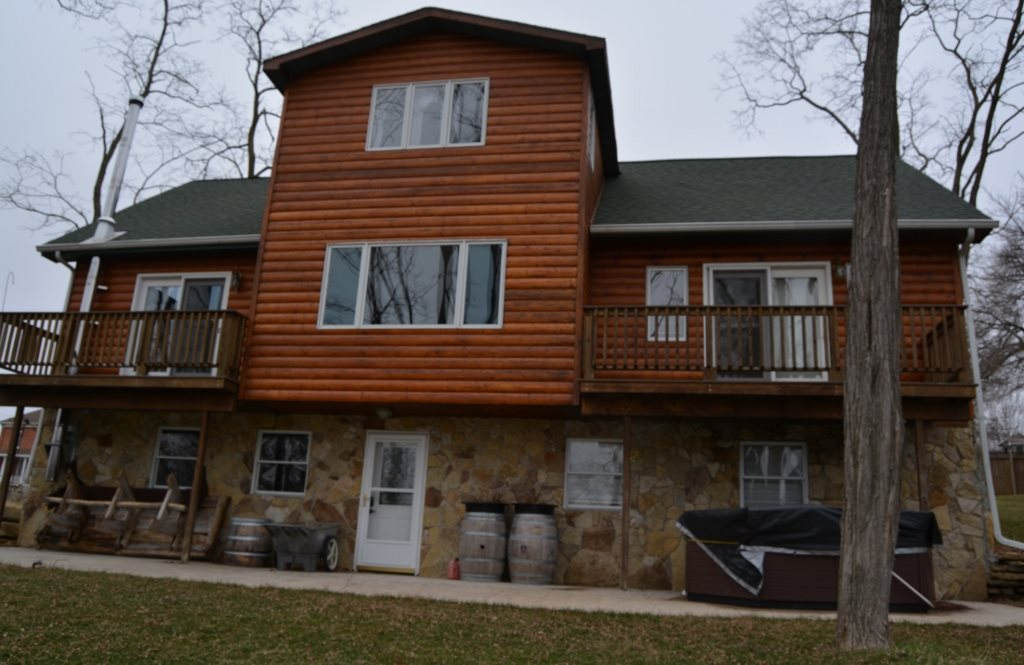 330  Brewery St, Highland, WI 53543