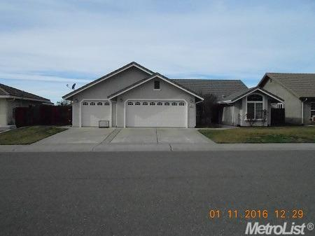 319  Manor Dr, Ione, CA 95640