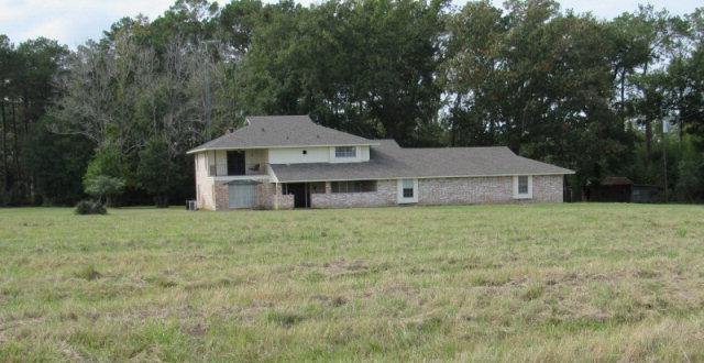 338  Smith Road, Corrigan, TX 75939