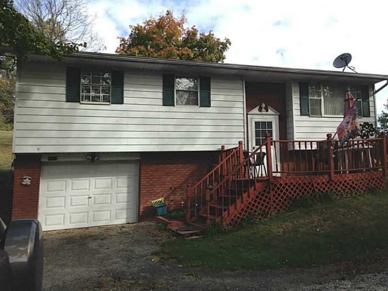 1427  Main St, Bentleyville, PA 15314