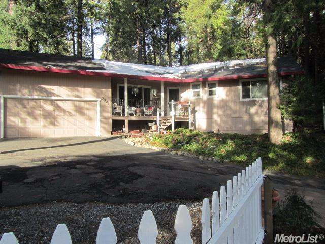 3341 Sly Park Rd, Pollock Pines, CA 95726