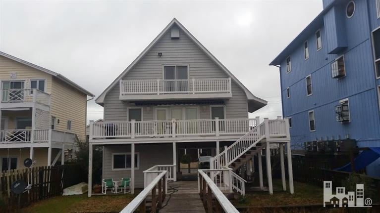 1103  Canal Dr, Carolina Beach, NC 28428