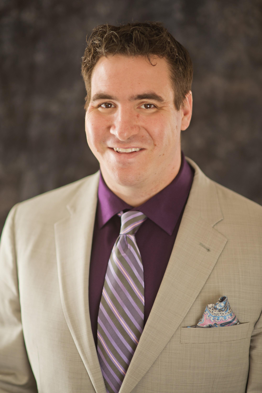 Aaron Piscioneri of CENTURY 21 Realty Services