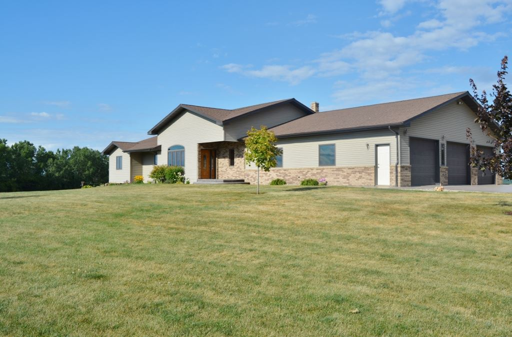 S10004  County Road G, Bear Creek, WI 53588