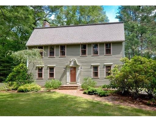 33 Forest St, Sherborn, MA 01770