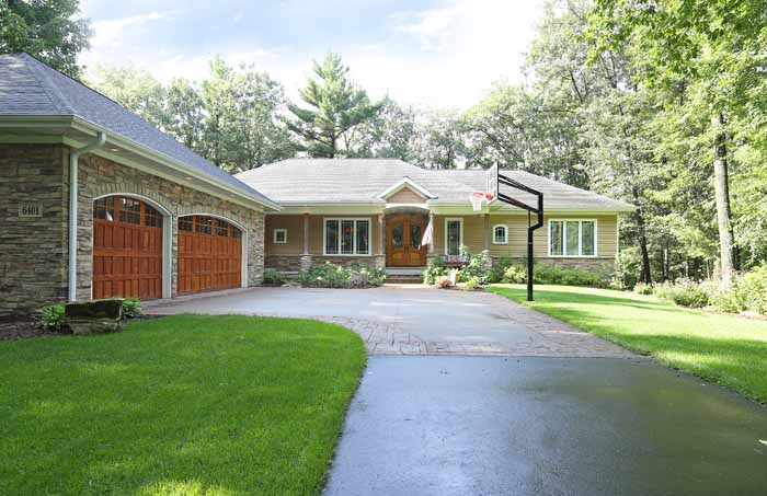 6401 River Bend Rd, Weston, WI 54476